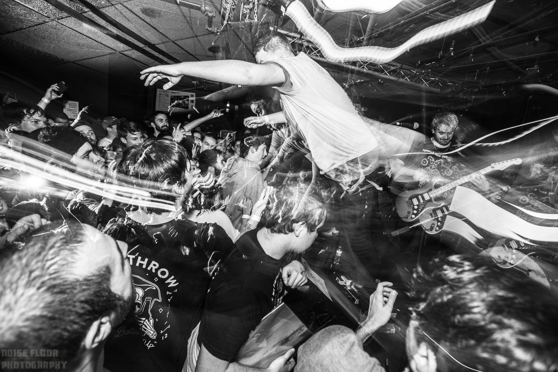 Noise Floor Photography: 2019/09/17 - Free Throw &emdash;