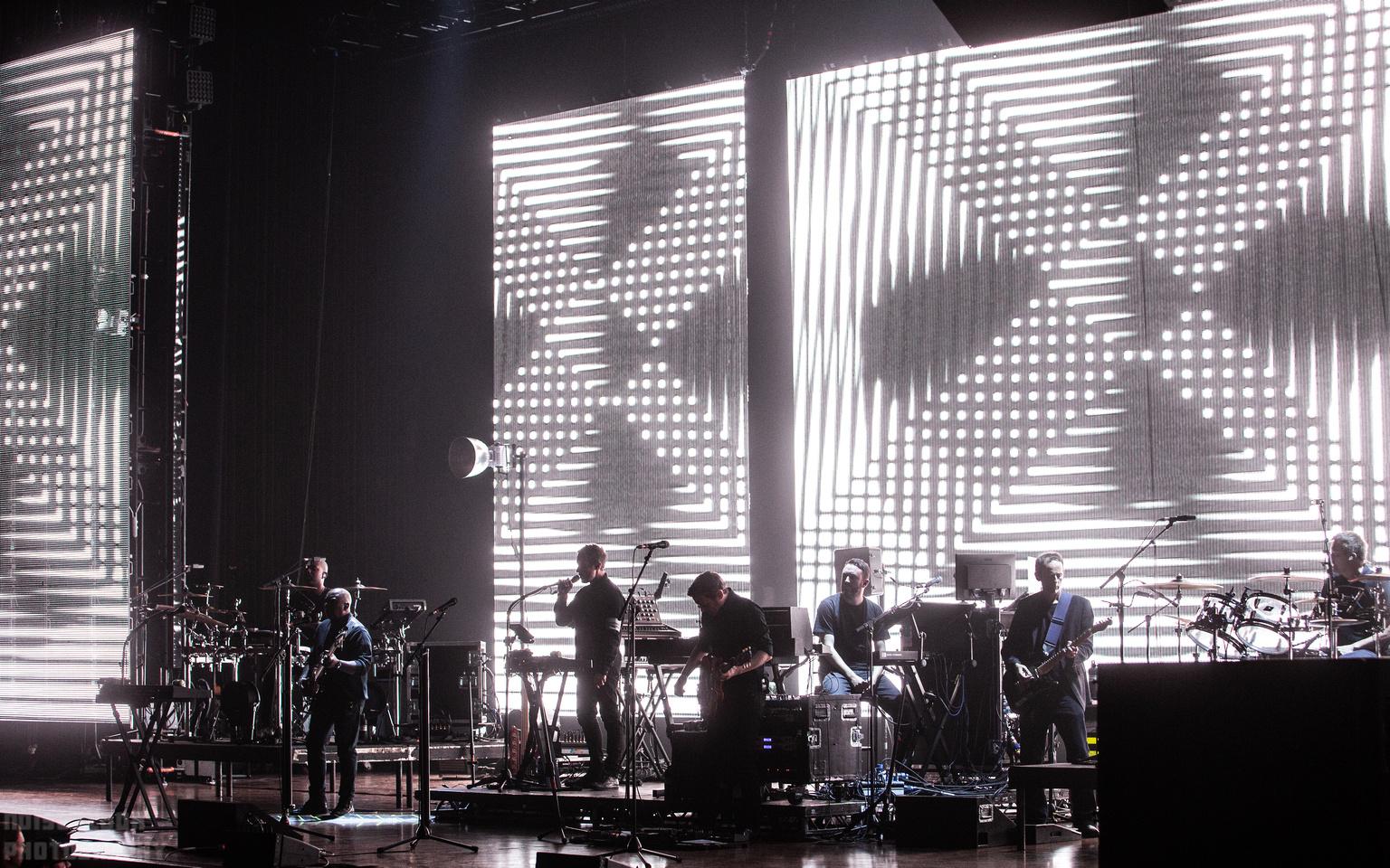 Noise Floor Photography: 2019/09/21 - Massive Attack &emdash;