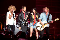 2015/09/04 - Little Big Town