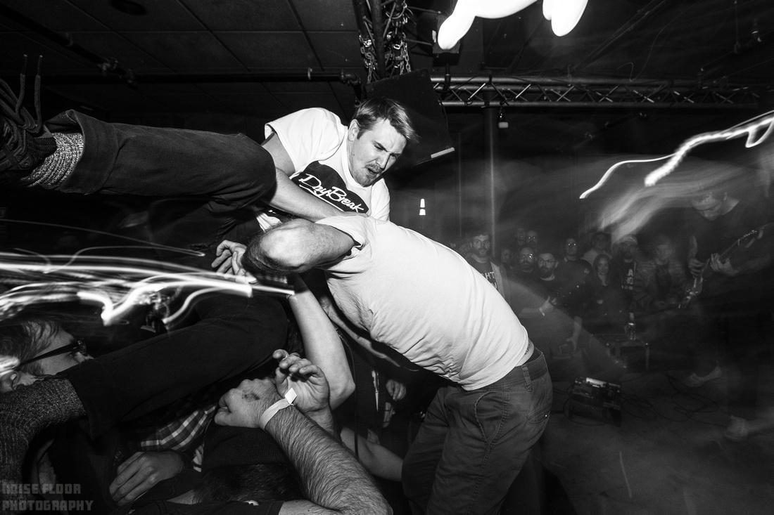 Noise Floor Photography: 2018/11/27 - Gouge Away / Drug Church &emdash;