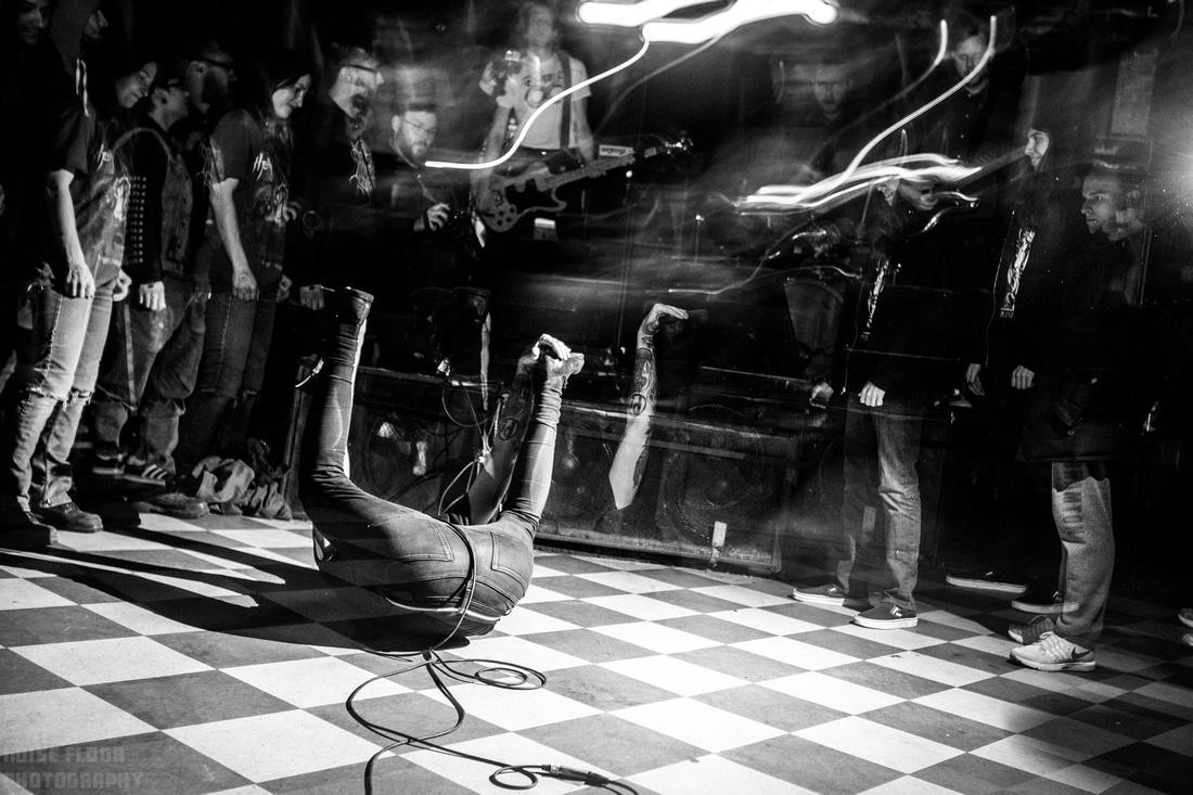 Noise Floor Photography: 2018/12/07 - Cult Leader &emdash;