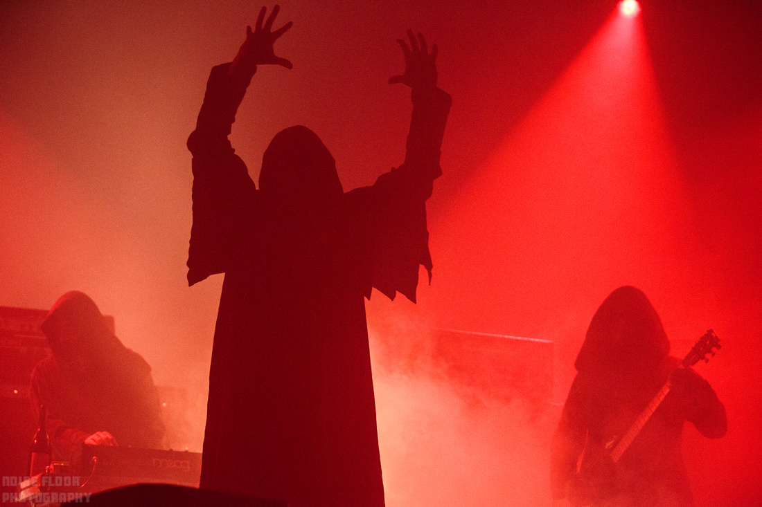 Noise Floor Photography: 2017/03/16 - Sunn O))) &emdash;