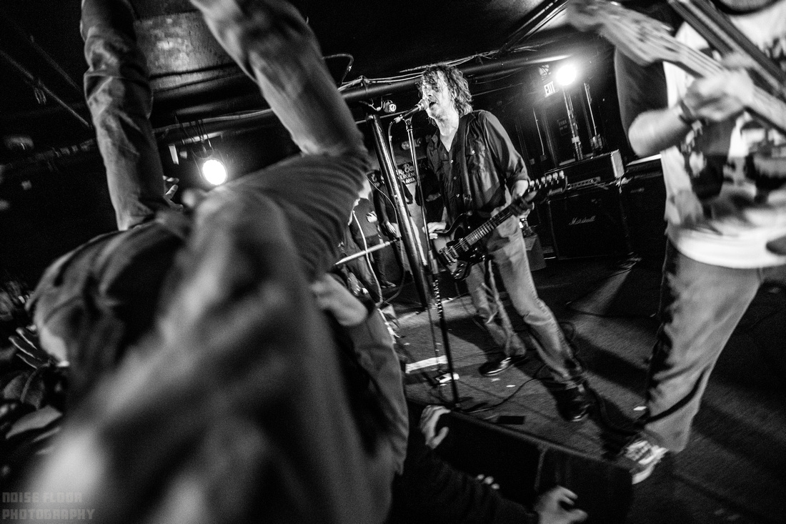 Noise Floor Photography: 2017/11/17 - Hot Snakes &emdash;
