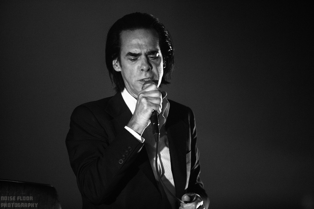 Noise Floor Photography: 2017/06/10 - Nick Cave and The Bad Seeds &emdash;